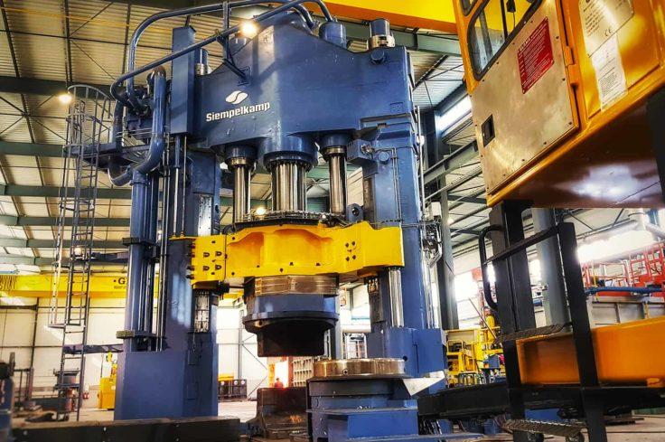Presse 3300 tonnes